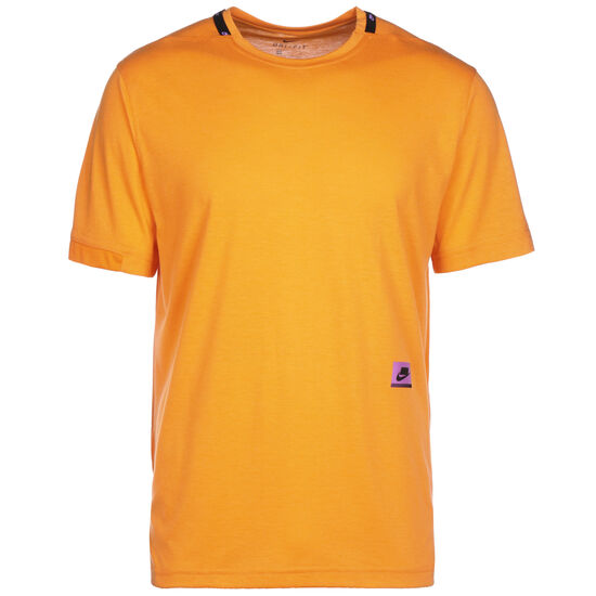 Dri-FIT Trainingsshirt Herren, orange / lila, zoom bei OUTFITTER Online