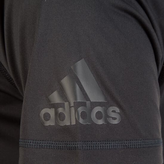 Freelift Badge of Sport Grapfic Trainingsshirt Herren, schwarz, zoom bei OUTFITTER Online