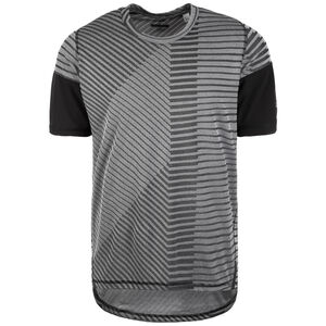 Freelift 360 x Strong Graphic Trainingsshirt Herren, grau / schwarz, zoom bei OUTFITTER Online