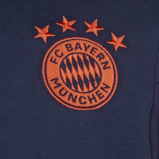 FC Bayern München Poloshirt Herren, dunkelblau / rot, zoom bei OUTFITTER Online