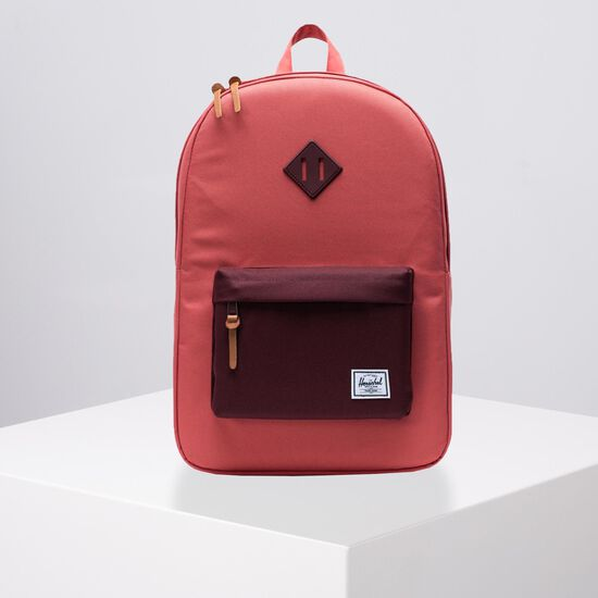 Heritage Rucksack, rot, zoom bei OUTFITTER Online