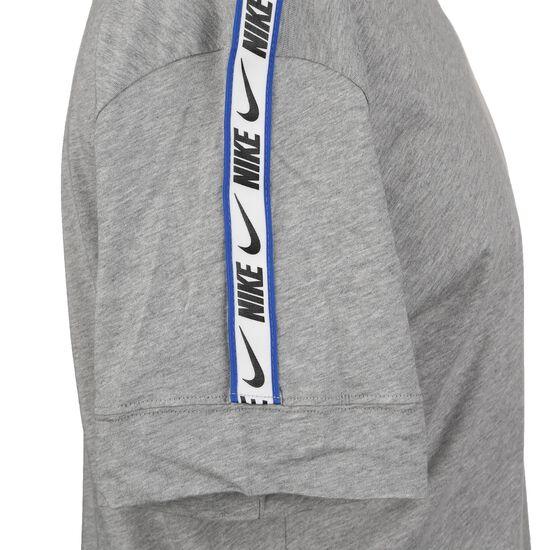 Sportswear Repeat T-Shirt Herren, grau, zoom bei OUTFITTER Online