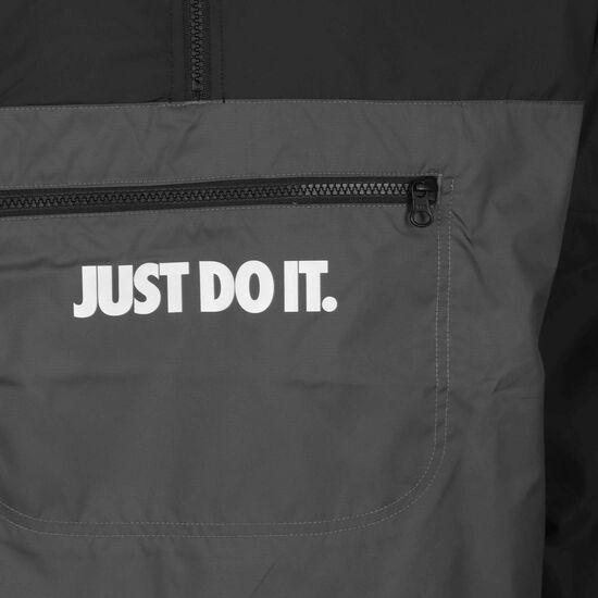 Just Do It Woven Windbreaker Herren, schwarz / dunkelgrau, zoom bei OUTFITTER Online