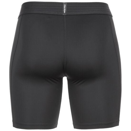 Pro Short Herren, schwarz / weiß, zoom bei OUTFITTER Online