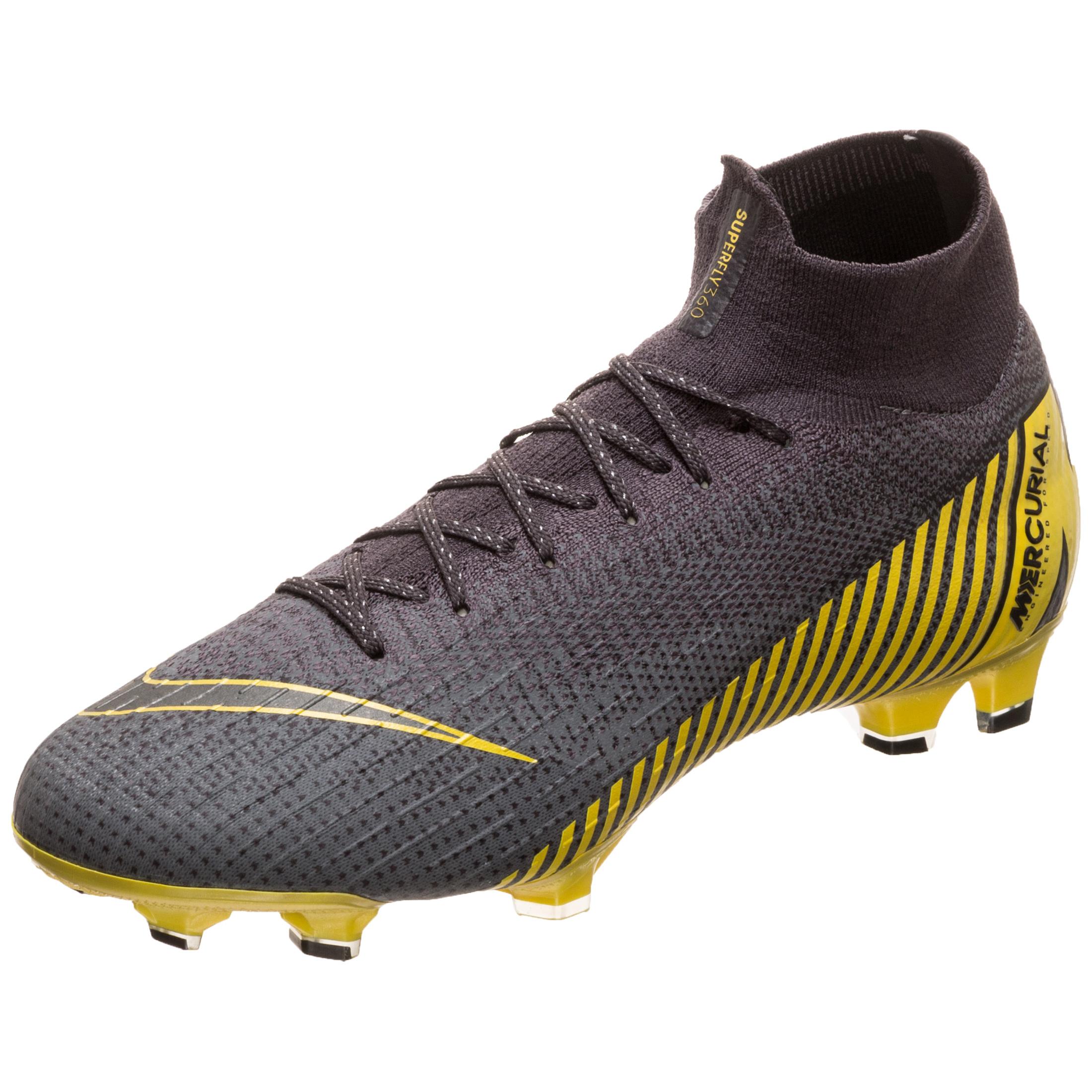 dc4cc4c1734 Nike Mercurial Football Boots