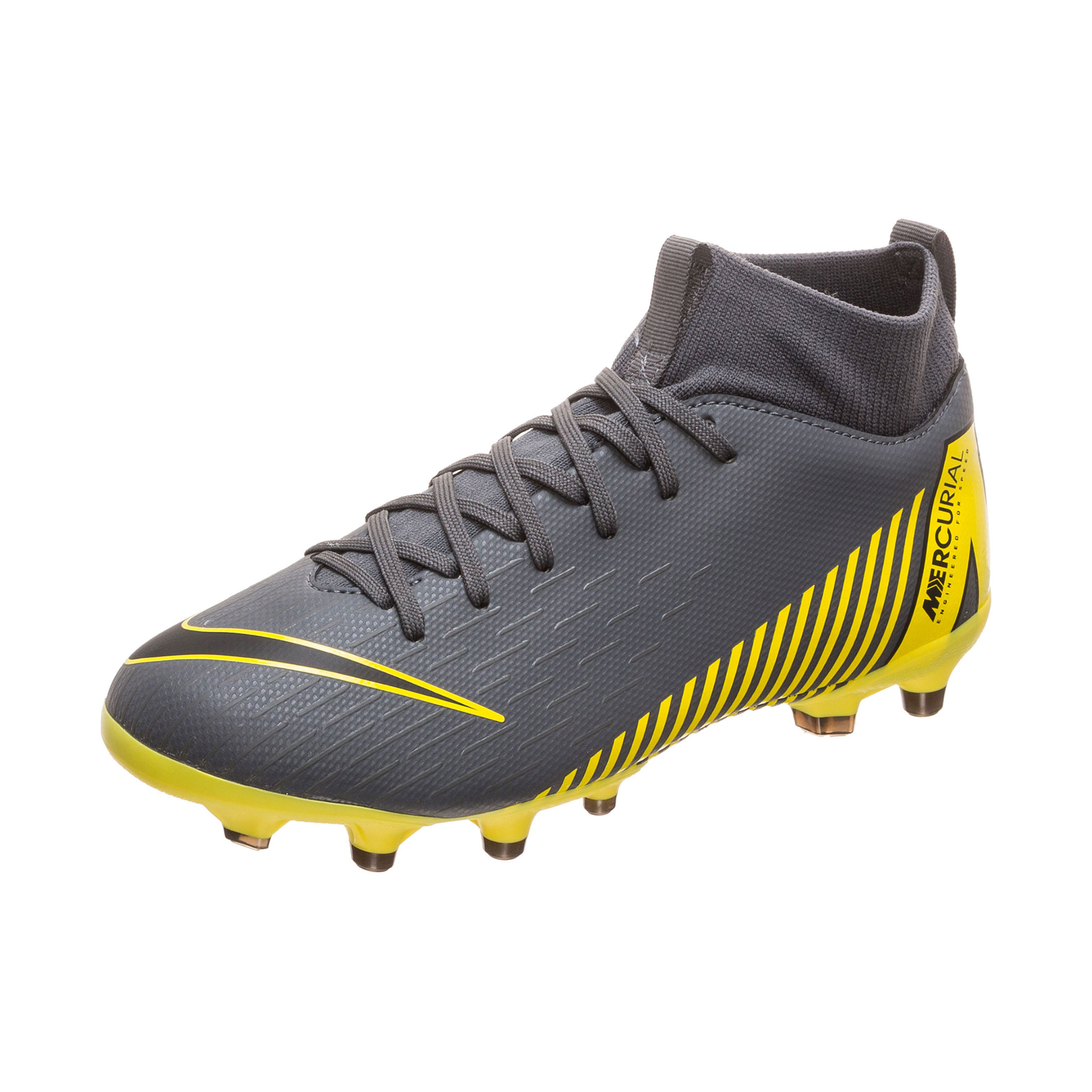 buy popular 1b9a0 c93a8 Kylian Mbappe Football Boots | Nike Mercurial Superfly