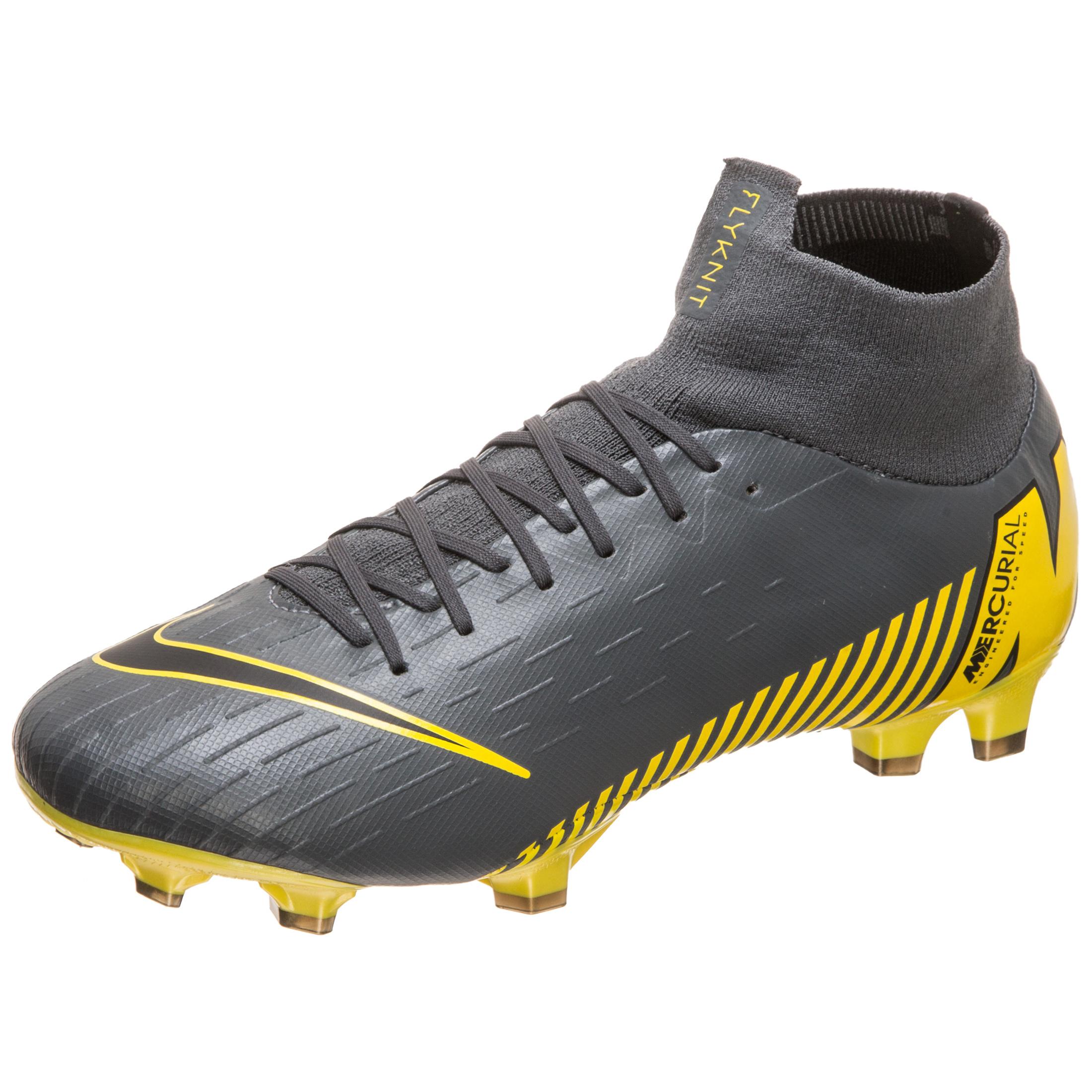 f1a177f0d Nike Mercurial Football Boots